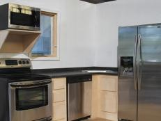 HHMAN103_kitchen-hot-spot_s4x3