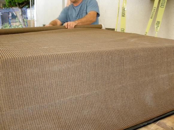 HCCAN701_Outdoor-Bar-Fabric-Covering_s4x3