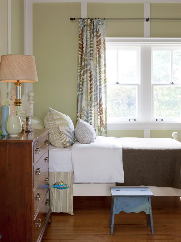 Neutral Cottage Kids' Bedroom