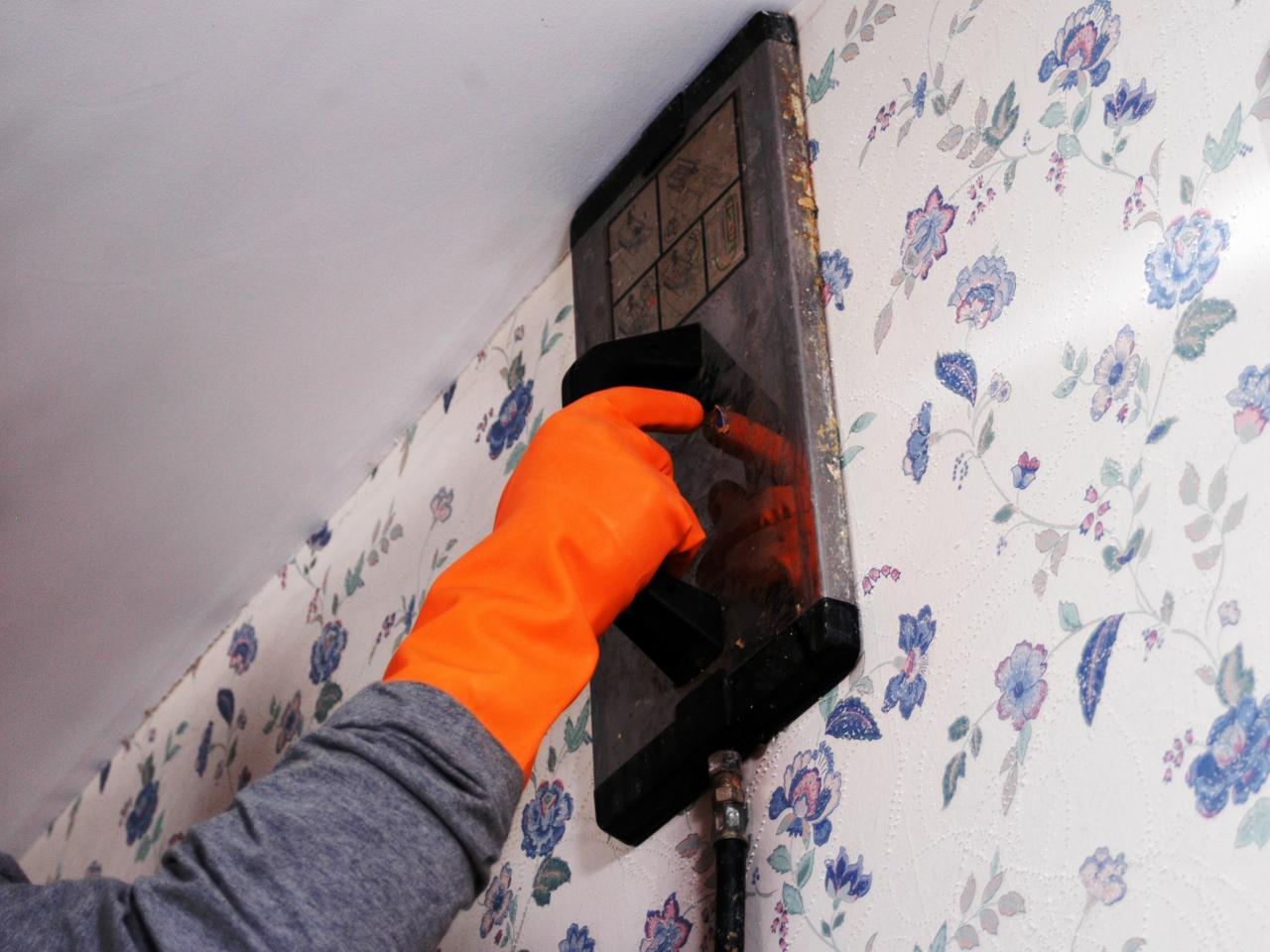 How To Remove Wallpaper Using Solvents Or Steam HGTV