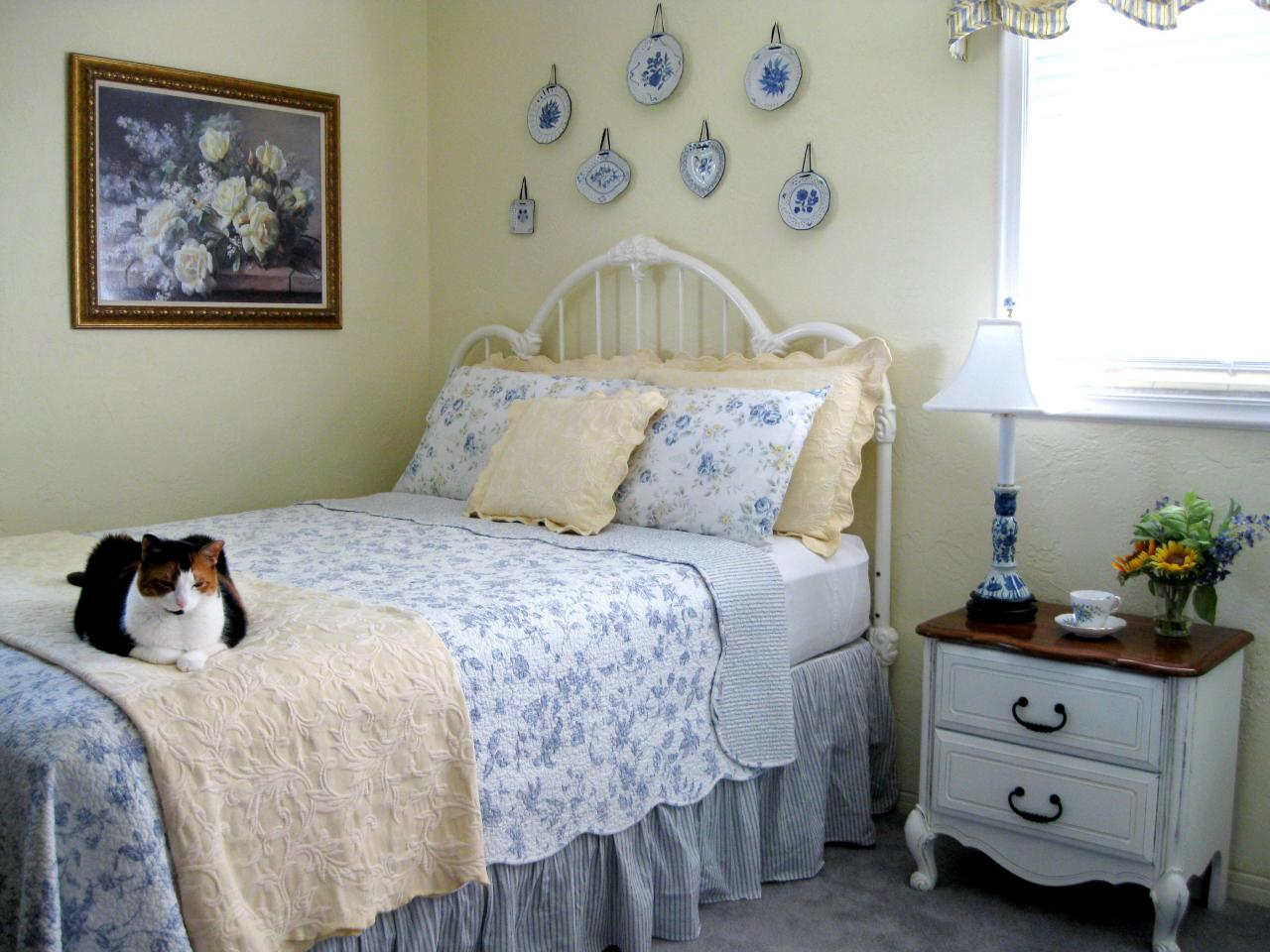Cottage Bedroom Design Ideas Photos Hgtv