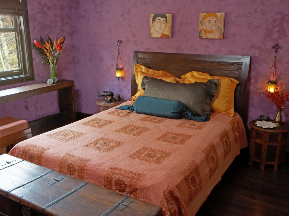 The well traveled look global design style hgtv for Well decorated bedroom