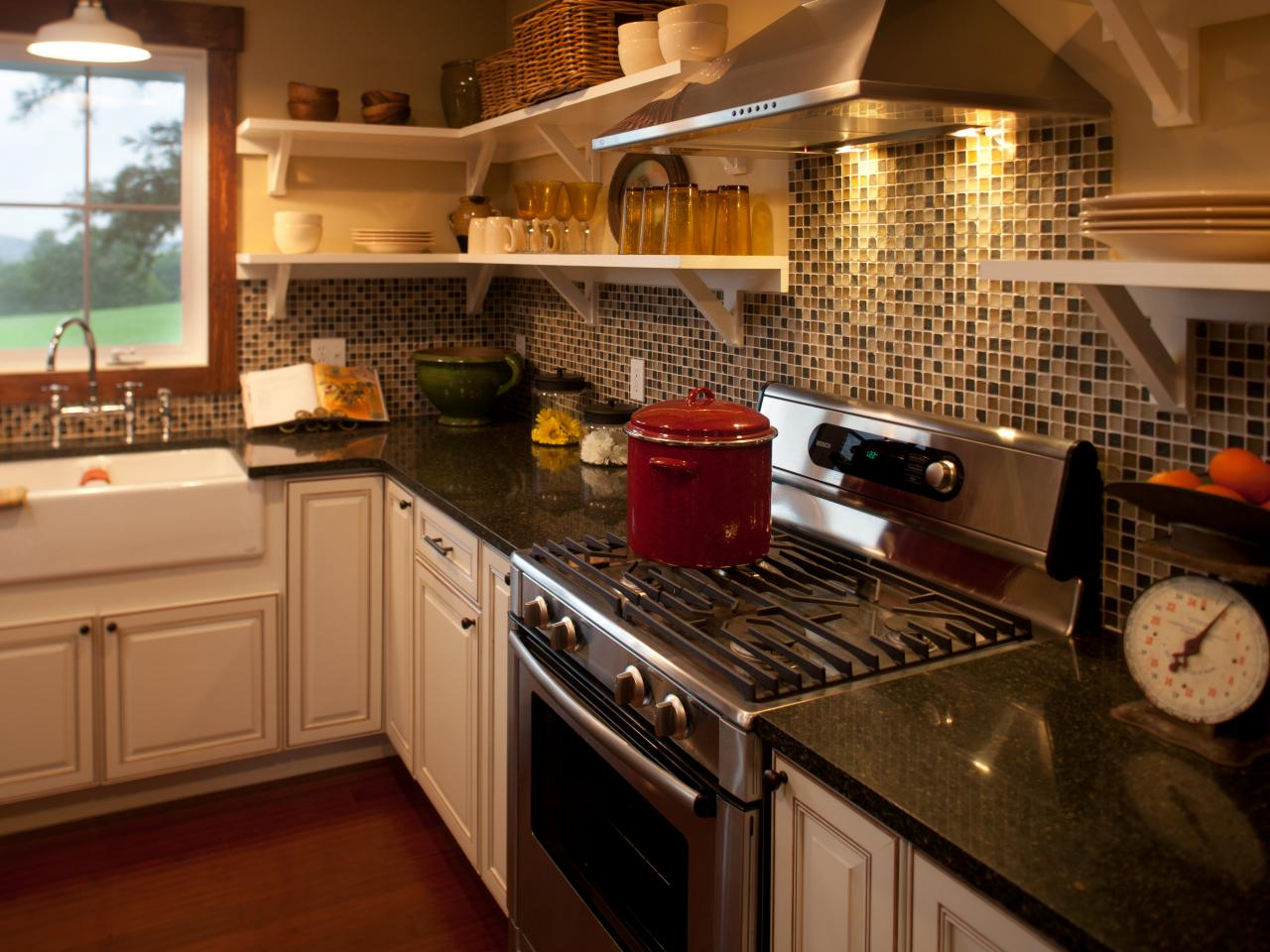 Photo page hgtv Kitchen backsplash ideas pictures 2010