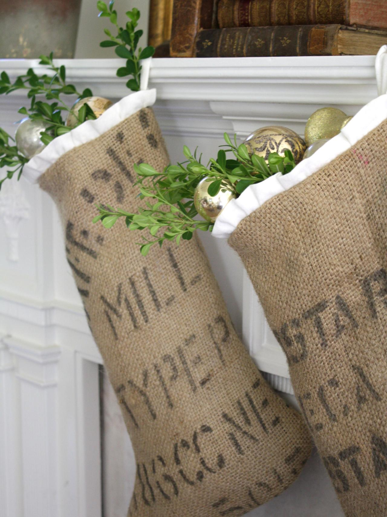 65 handmade diy christmas decorating ideas easy crafts Burlap bag decorating ideas