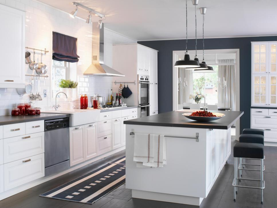 Find your favorite kitchen style hgtv for Kitchen styles pictures