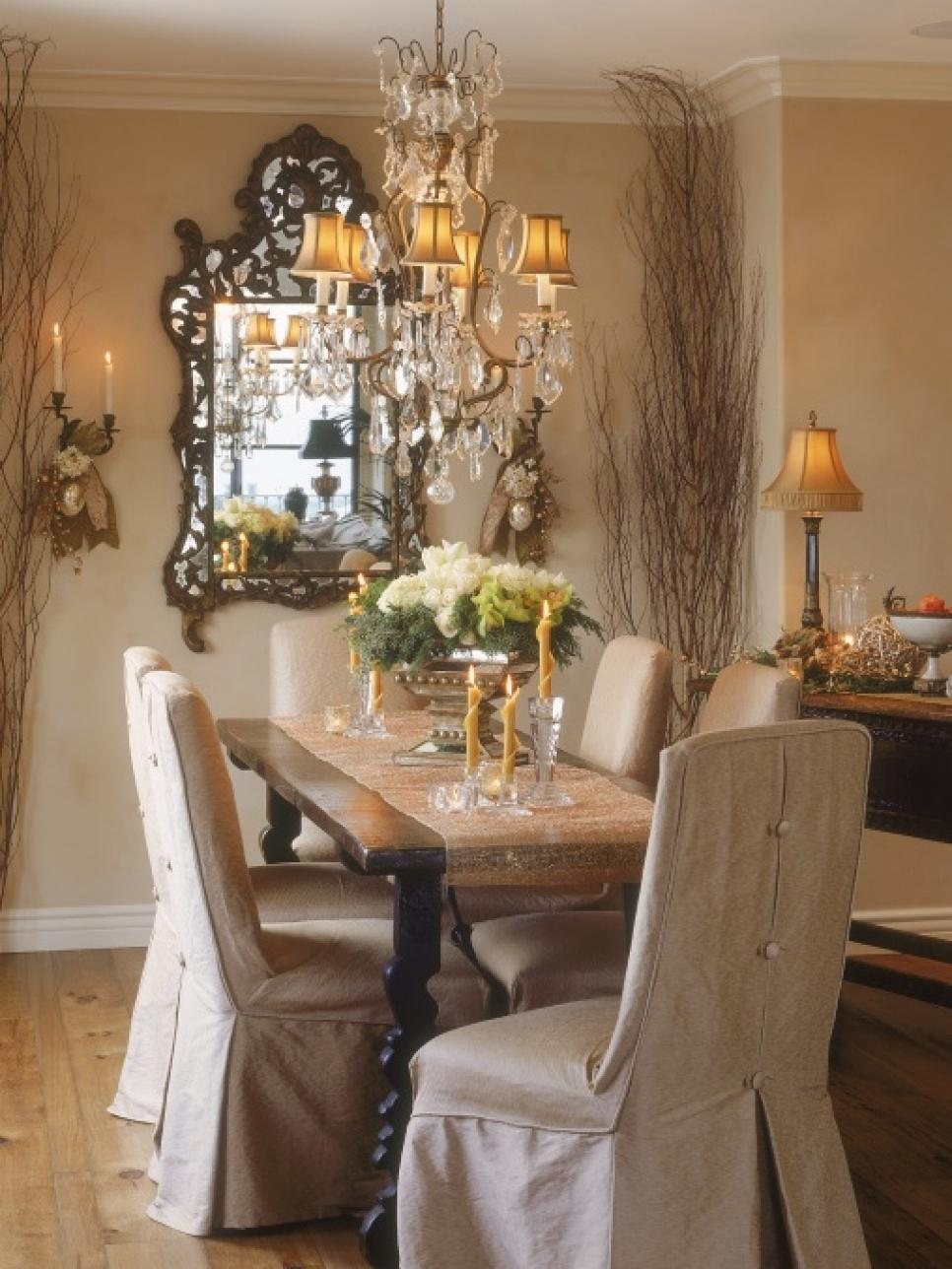 Elegant holiday decorating ideas hgtv for Dining room table decor