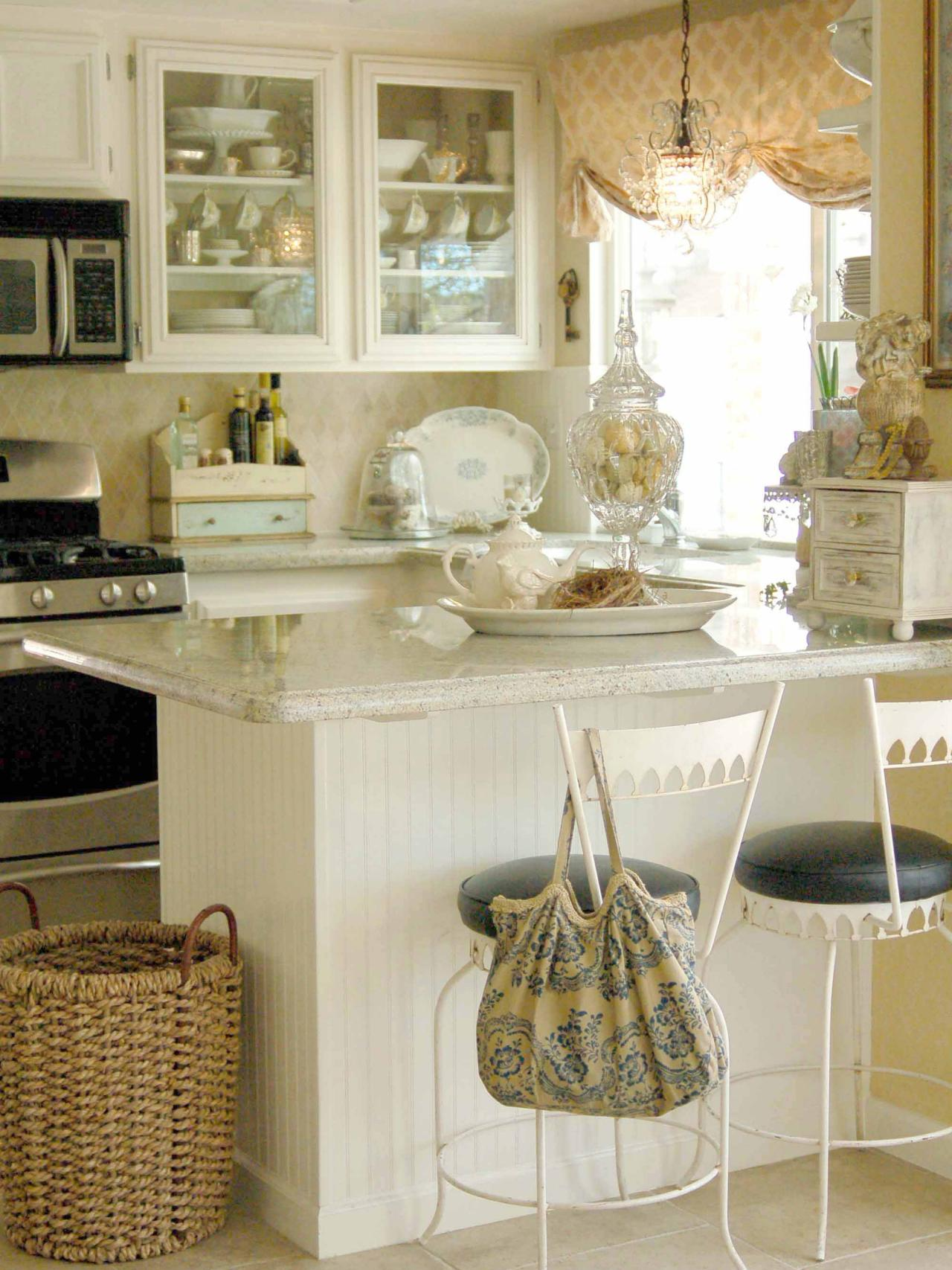 Clean Hues Make A Small Kitchen