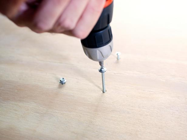Drill Screws in Plywood to Build Table
