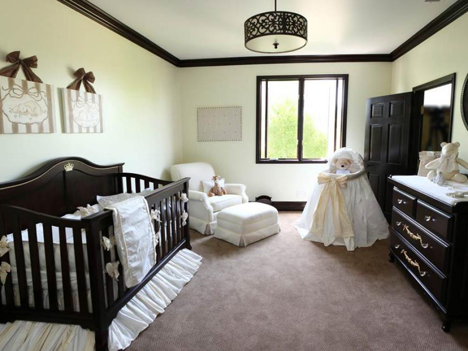 Dreamy celebrity nurseries hgtv for Baby s room decoration ideas