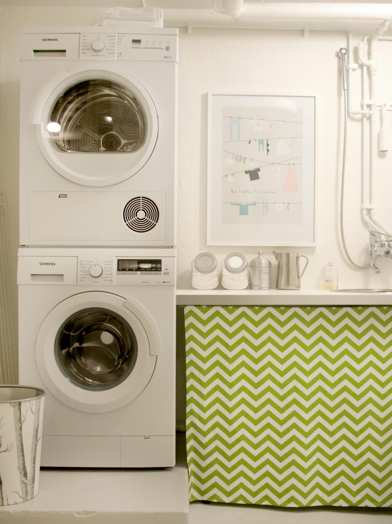 10 chic laundry room decorating ideas interior design styles and color schemes for home - Laundry room designs small spaces set ...