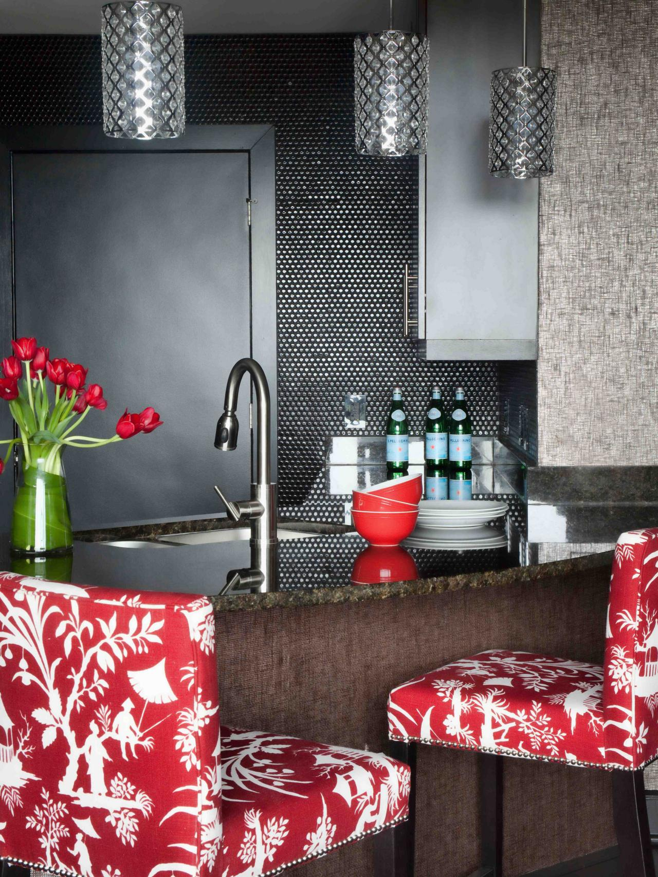 Glass Tile Backsplash Ideas & Tips From HGTV