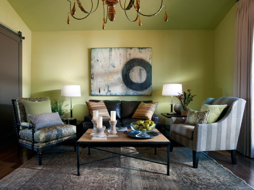 Stunning interiors from hgtv dream home 2012 pictures for Beautiful sitting rooms