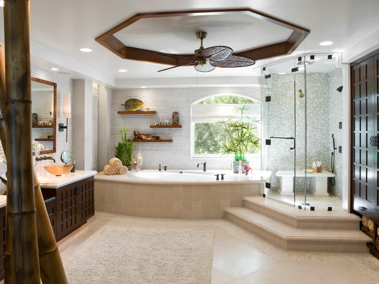 Luxury bathrooms hgtv for Luxury bathroom designs