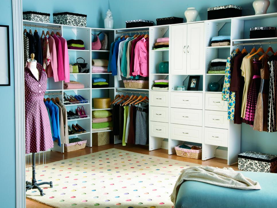 10 stylish walk in bedroom closets hgtv - Master Bedroom Closet Design Ideas