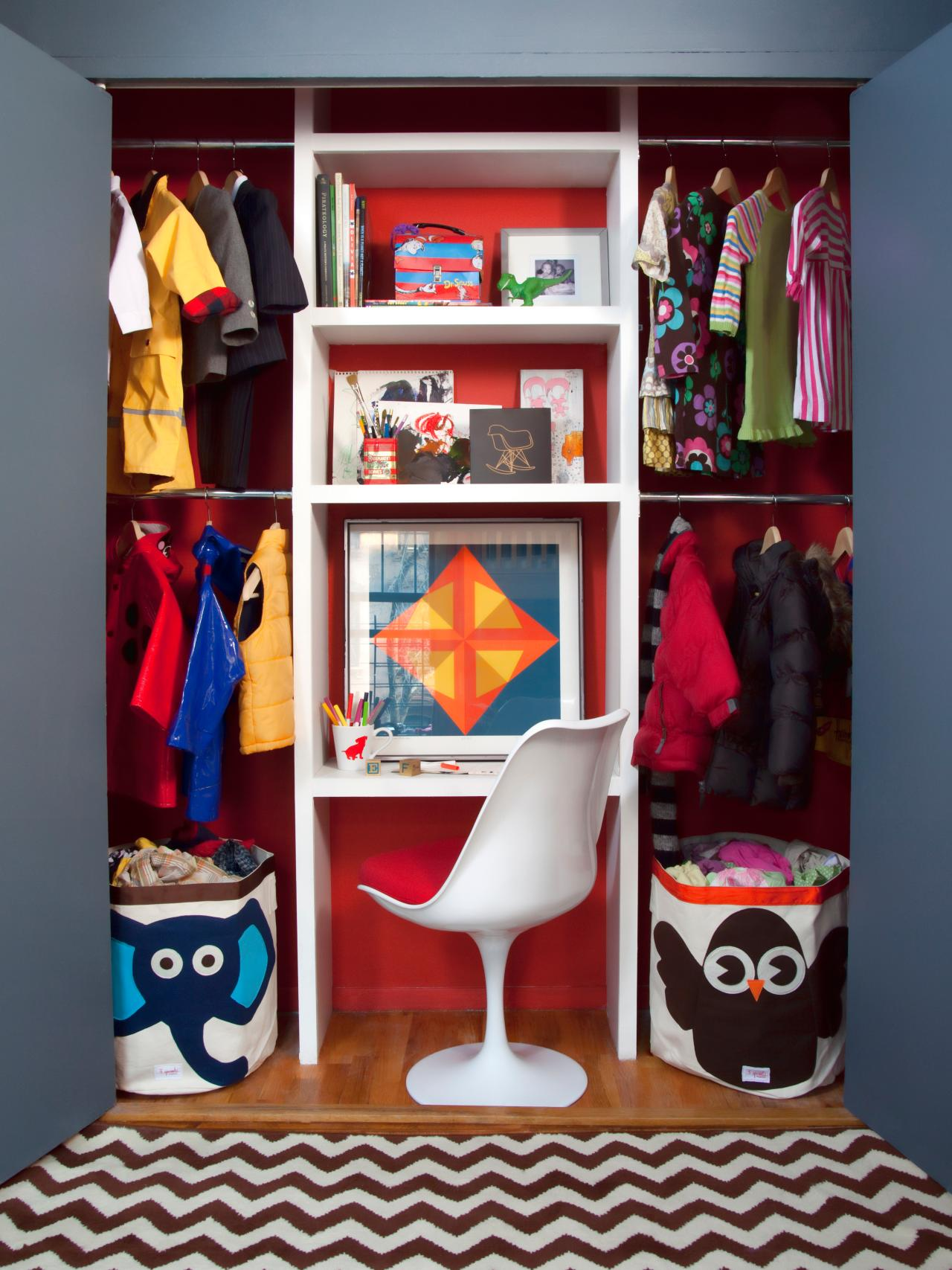 Organizing storage tips for the pint size set kids for Kids room closet ideas