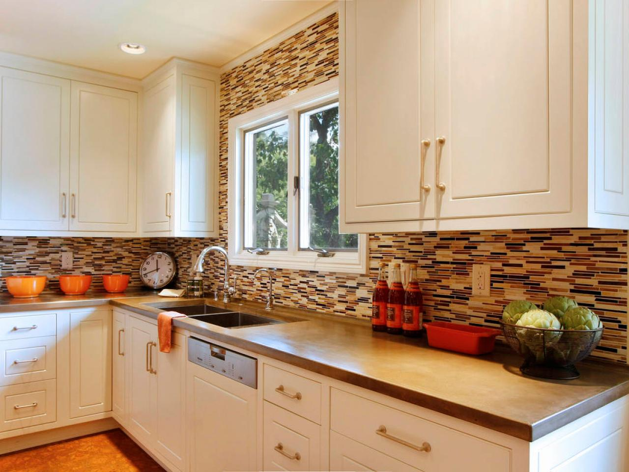 Kitchen backsplash accent tile