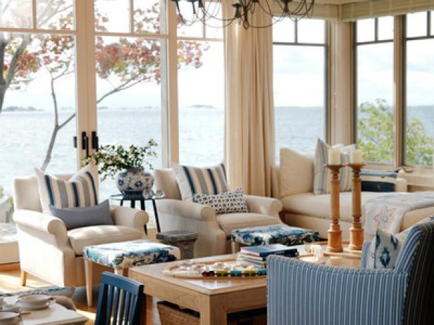 Nautical theme decor for home hgtv for Beach coastal decorating ideas