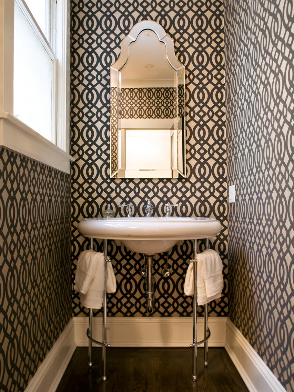 20 small bathroom design ideas hgtv - Small Bathroom Tile Ideas Designs