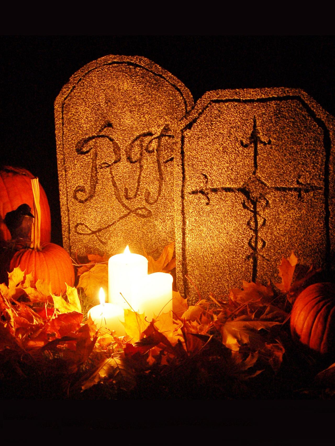 diy halloween tombstone decorations hgtv. Black Bedroom Furniture Sets. Home Design Ideas