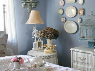 Pastel Cottage-Style Bedroom With Floral Bedding