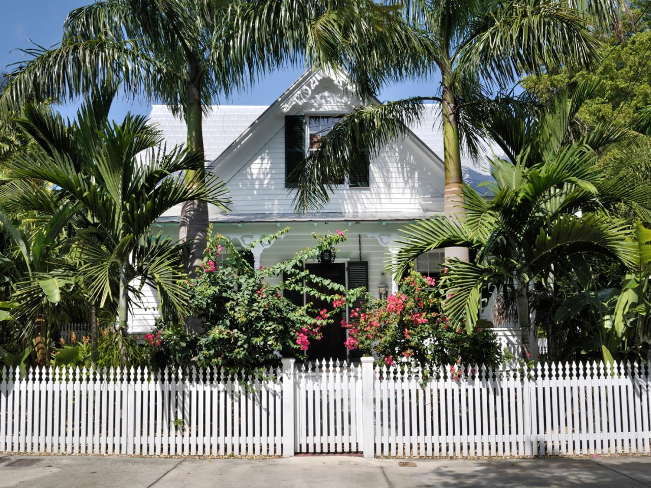 Key west style homes interior design styles and color for Key west style homes