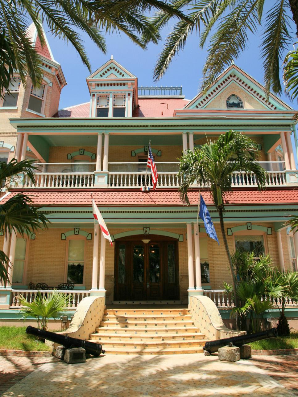 key west style homes hgtv
