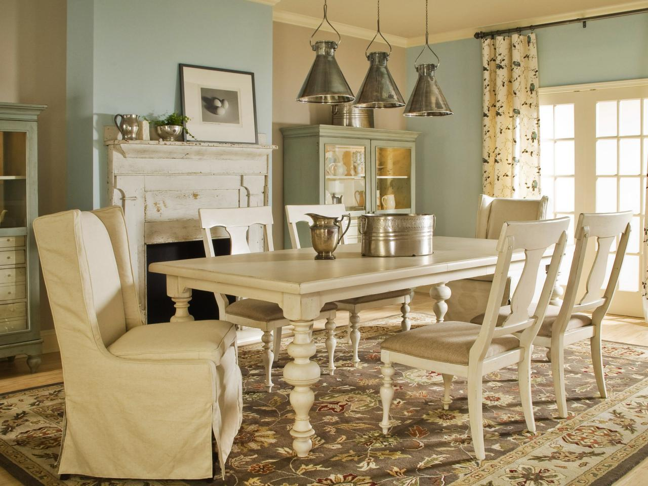 Spice up your dining room with stylish slipcovers living for Vintage style dining room ideas