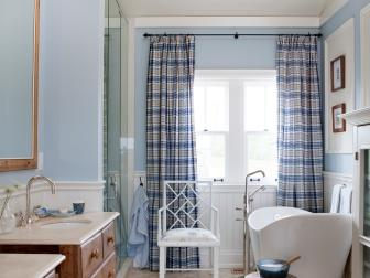 Cottage Bathroom With Soaking Tub