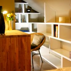 Cozy Contemporary Desk Nook With Wall-to-Wall Shelves