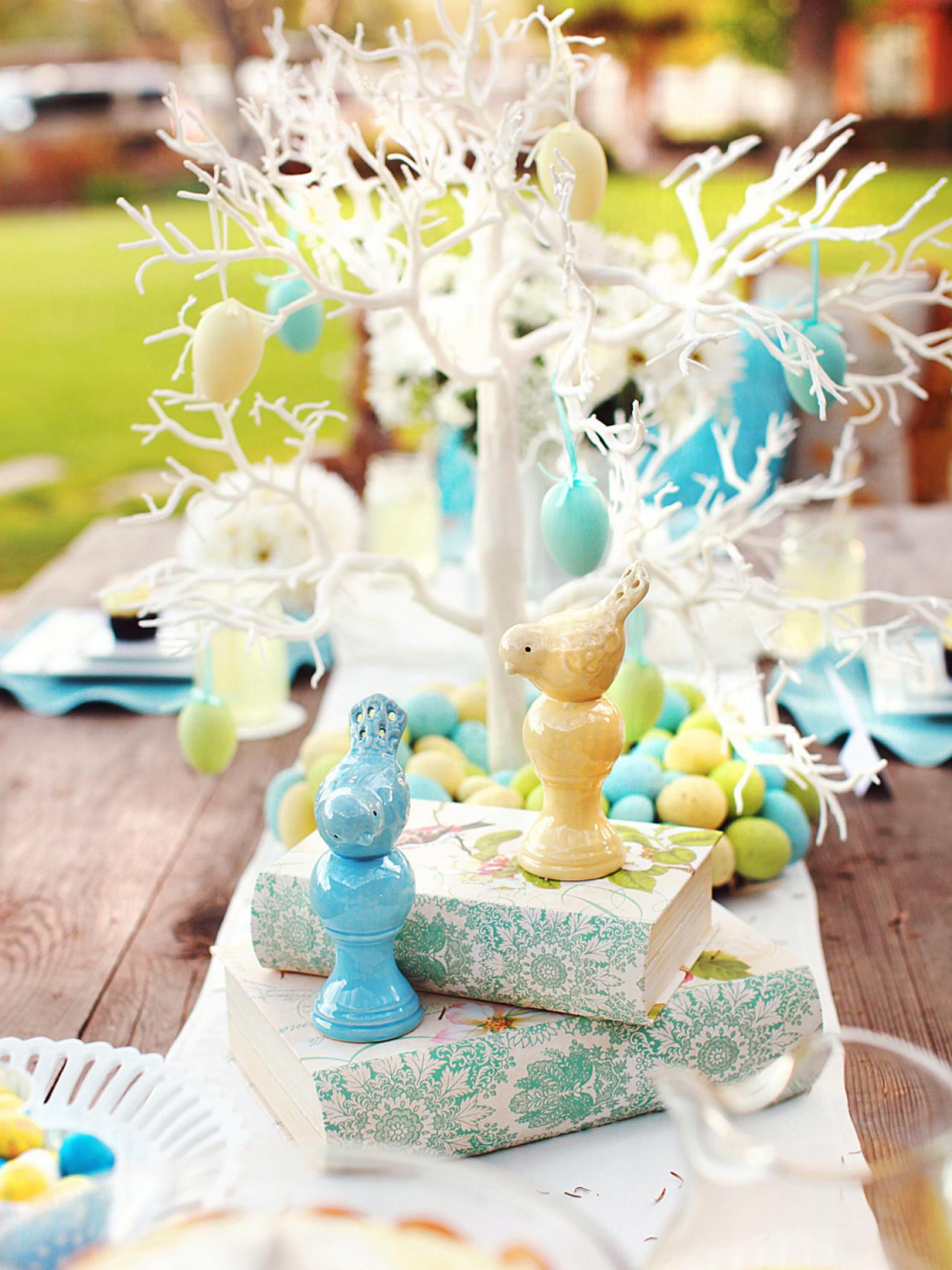 15 easter table setting ideas to try entertaining ideas Images for easter decorations