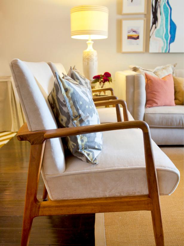 Living Room Chairs With Pillow