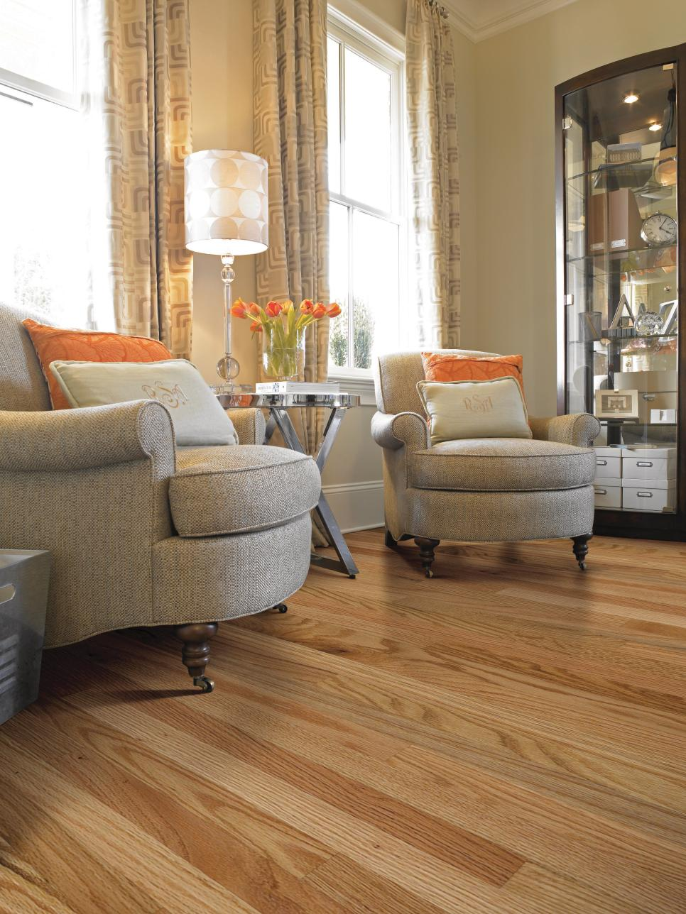 10 stunning hardwood flooring options hgtv for Living room with wood floors