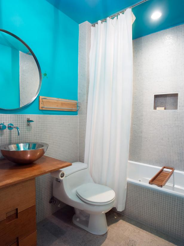 Bold, Blue Bathroom