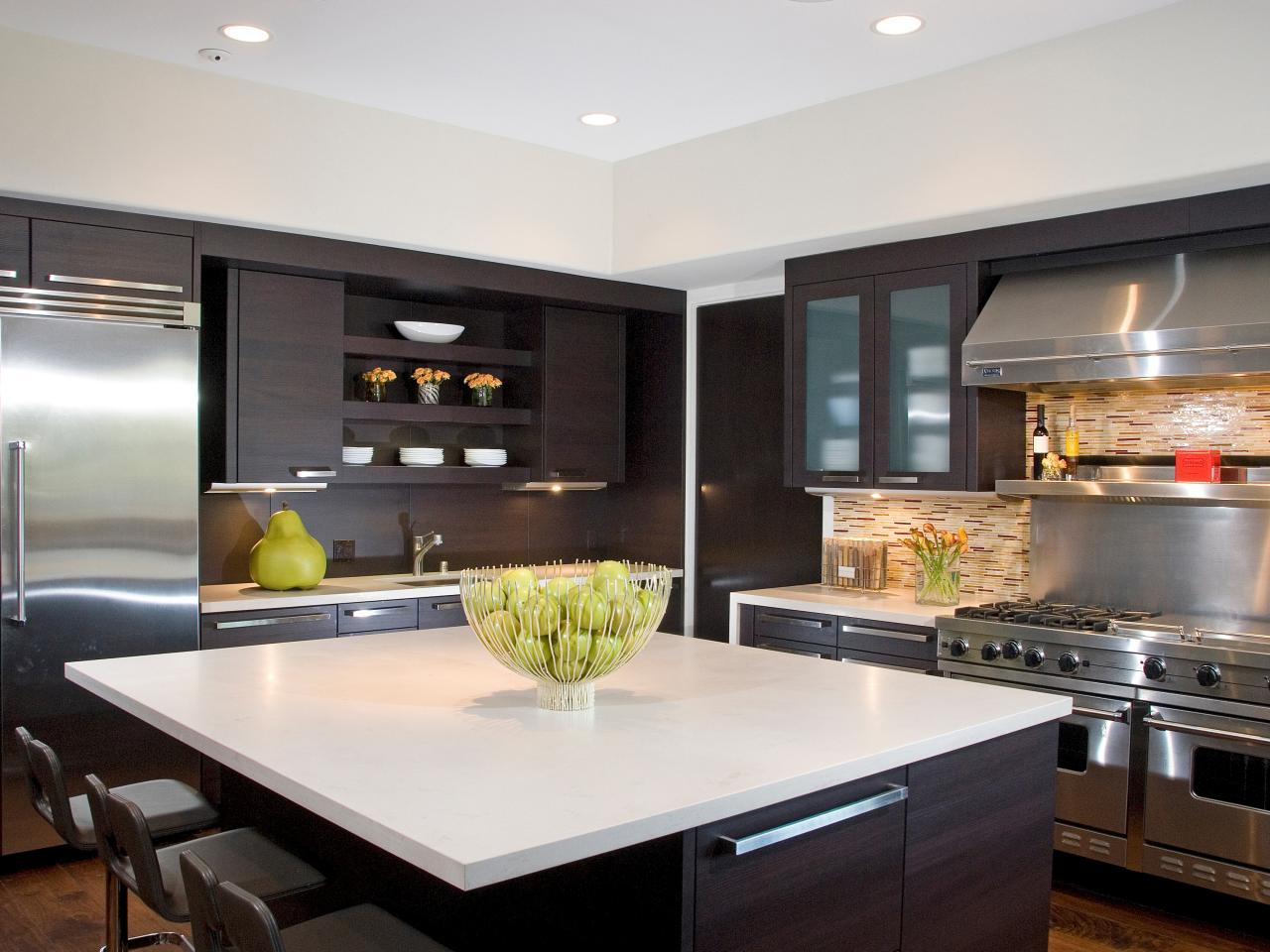 Modern kitchen backsplashes pictures ideas from hgtv hgtv for Modern kitchen design photos