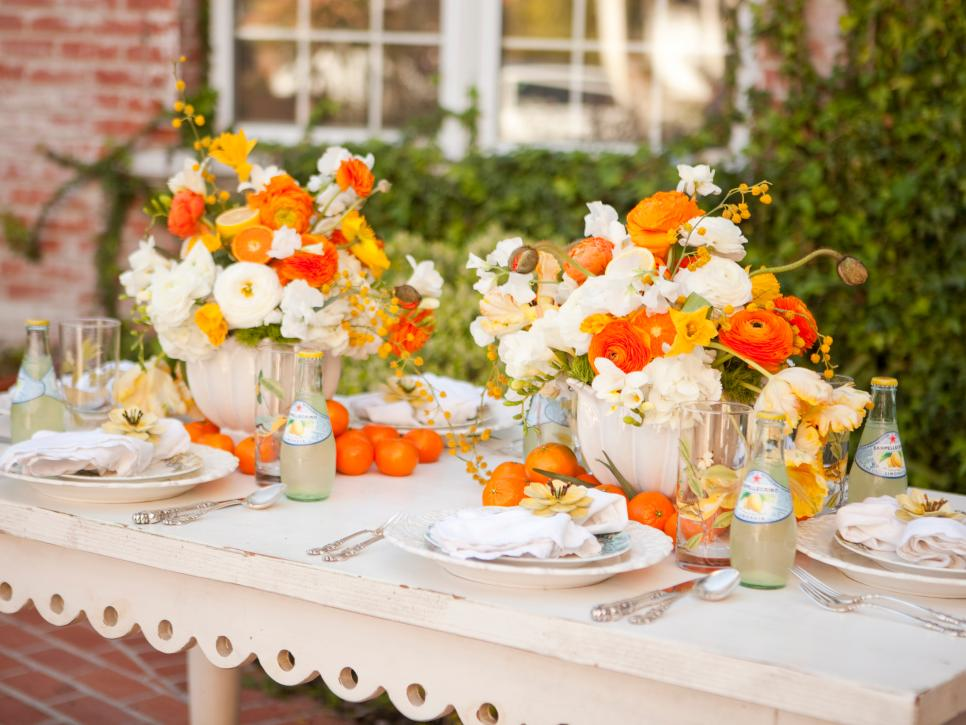 Sweet Lemon Spring Table Decor