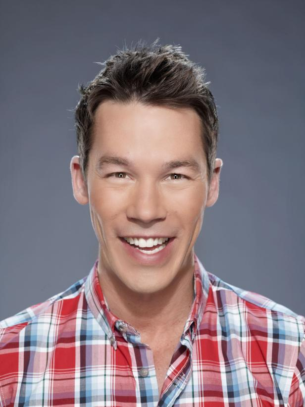 David bromstad bio david bromstad hgtv for David hgtv designer