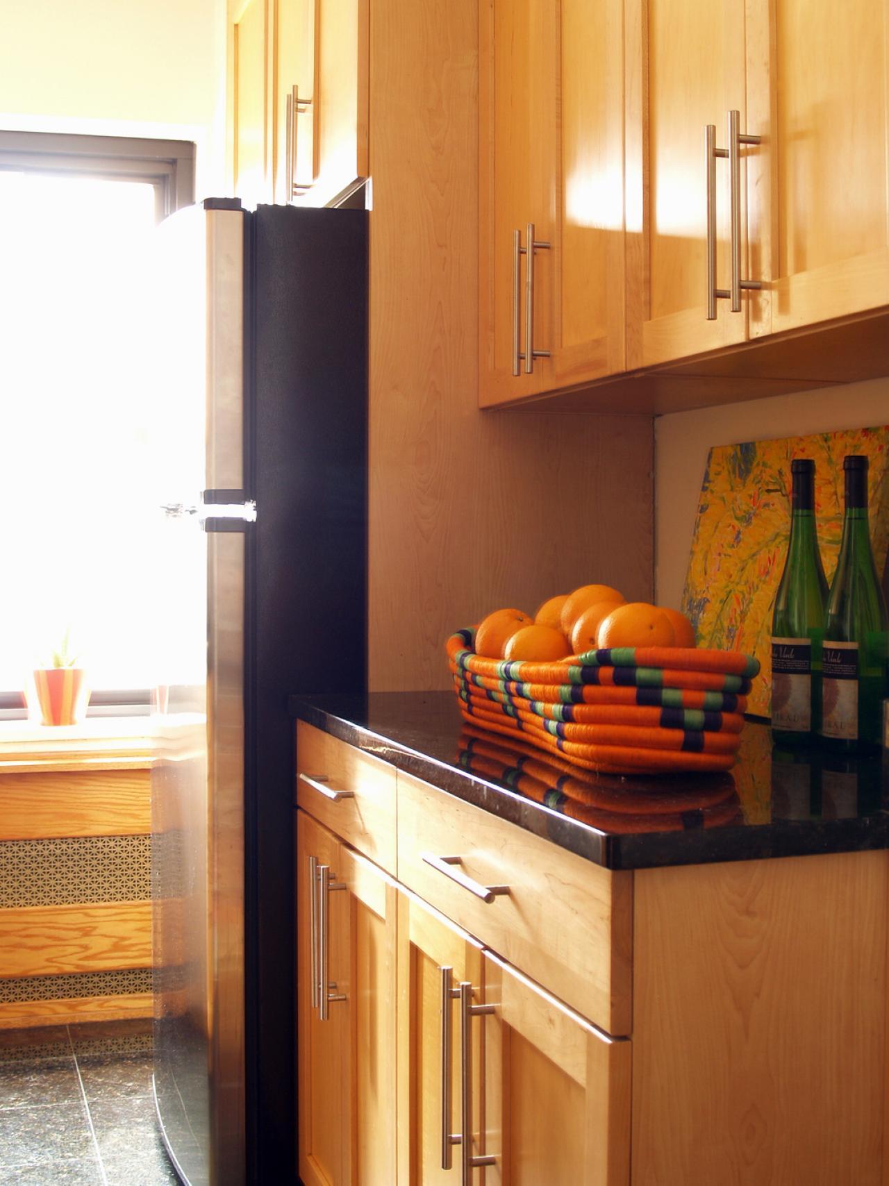 Light Toned Kitchen Cabinets With Sleek Hardware Hgtv