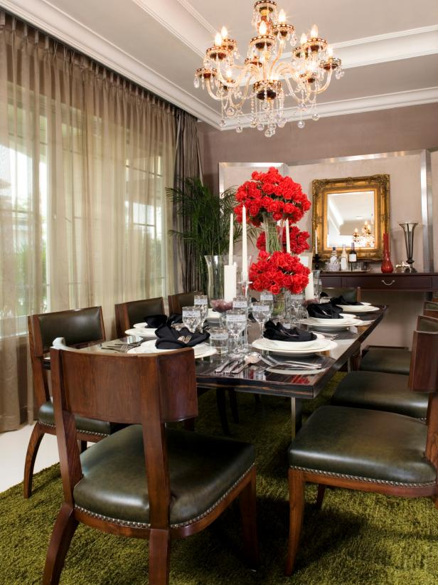 Contemporary Victorian Dining Room With Crystal Chandelier