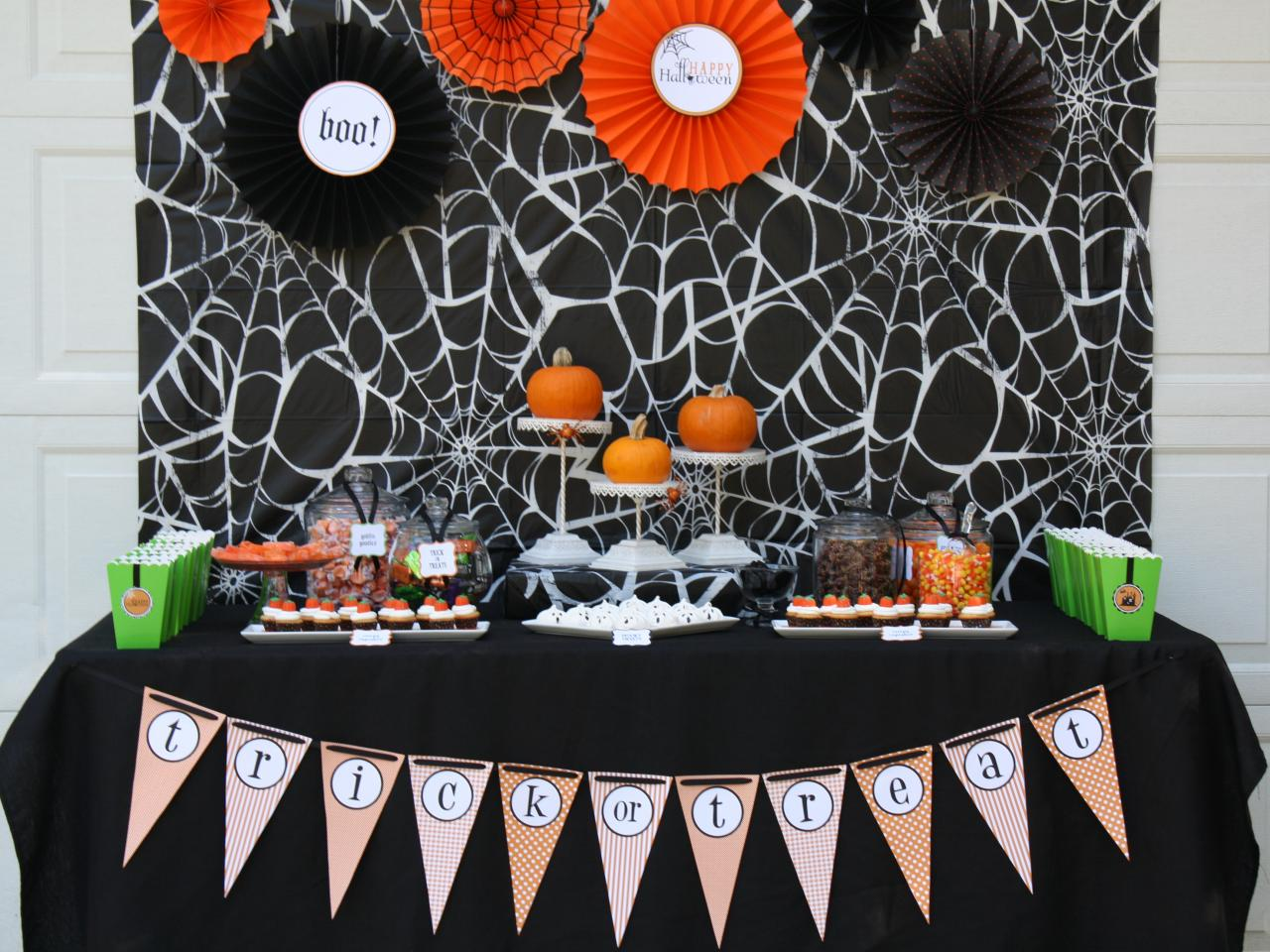 10 Halloween Table Decorations Settings Entertaining