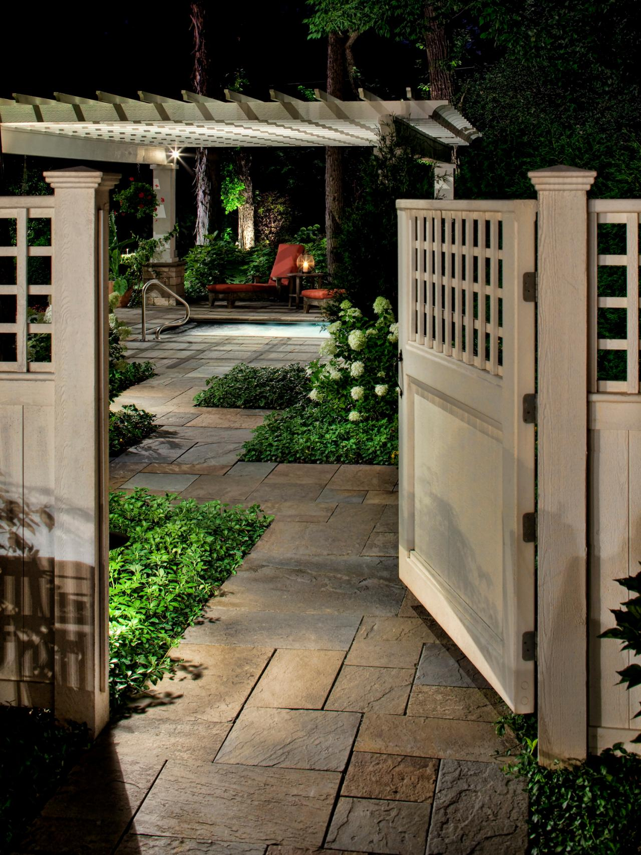Photos hgtv for Outdoor garden doors