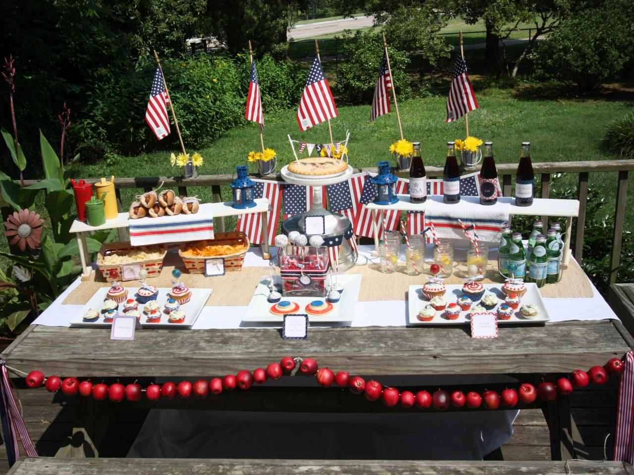 sizzling themes for an outdoor summer party outdoor