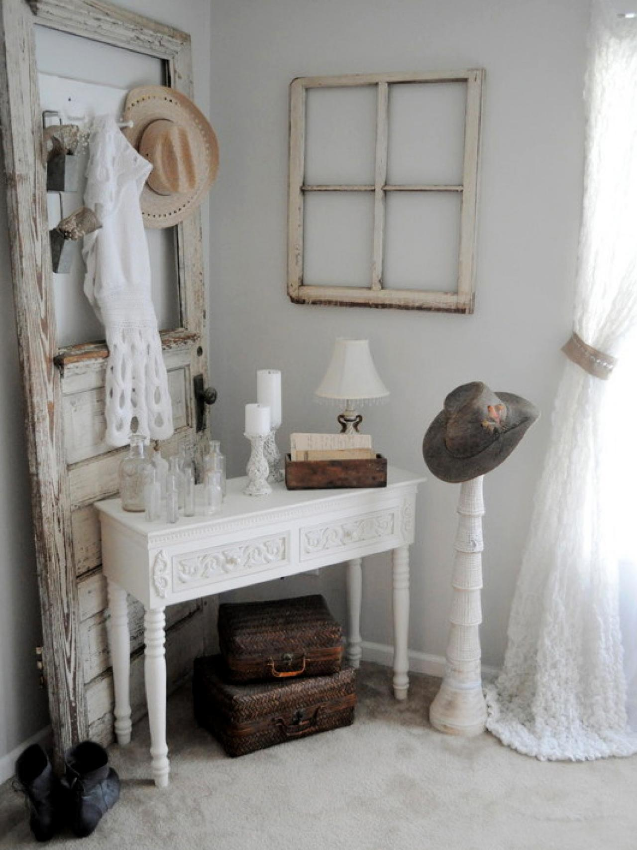 perfectly shabby chic accents accessories and vignettes home decor accessories furniture. Black Bedroom Furniture Sets. Home Design Ideas