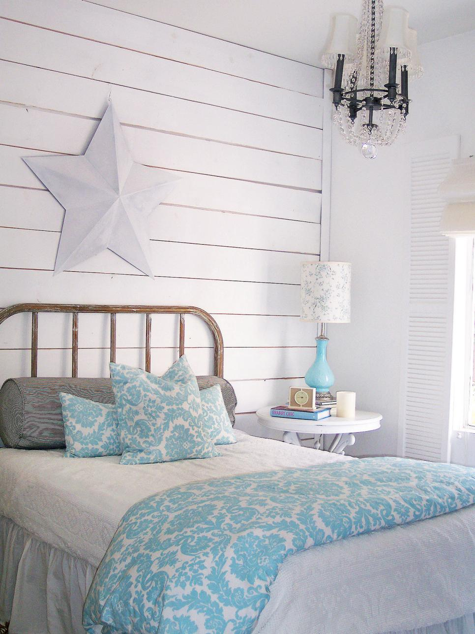 Add shabby chic touches to your bedroom design hgtv for Chic bedroom ideas women