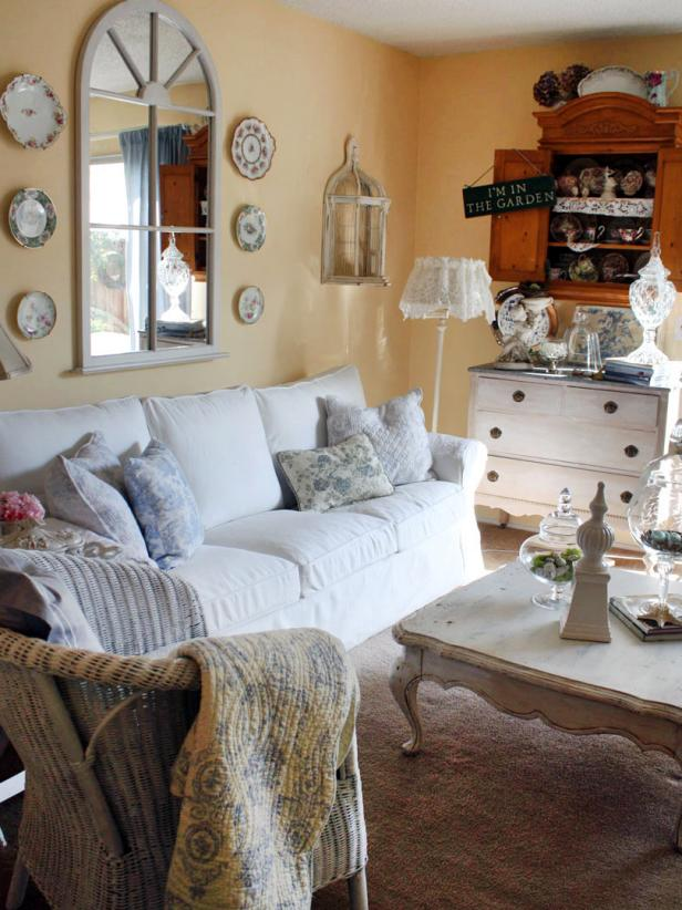 Shabby Chic Living Rooms | HGTV
