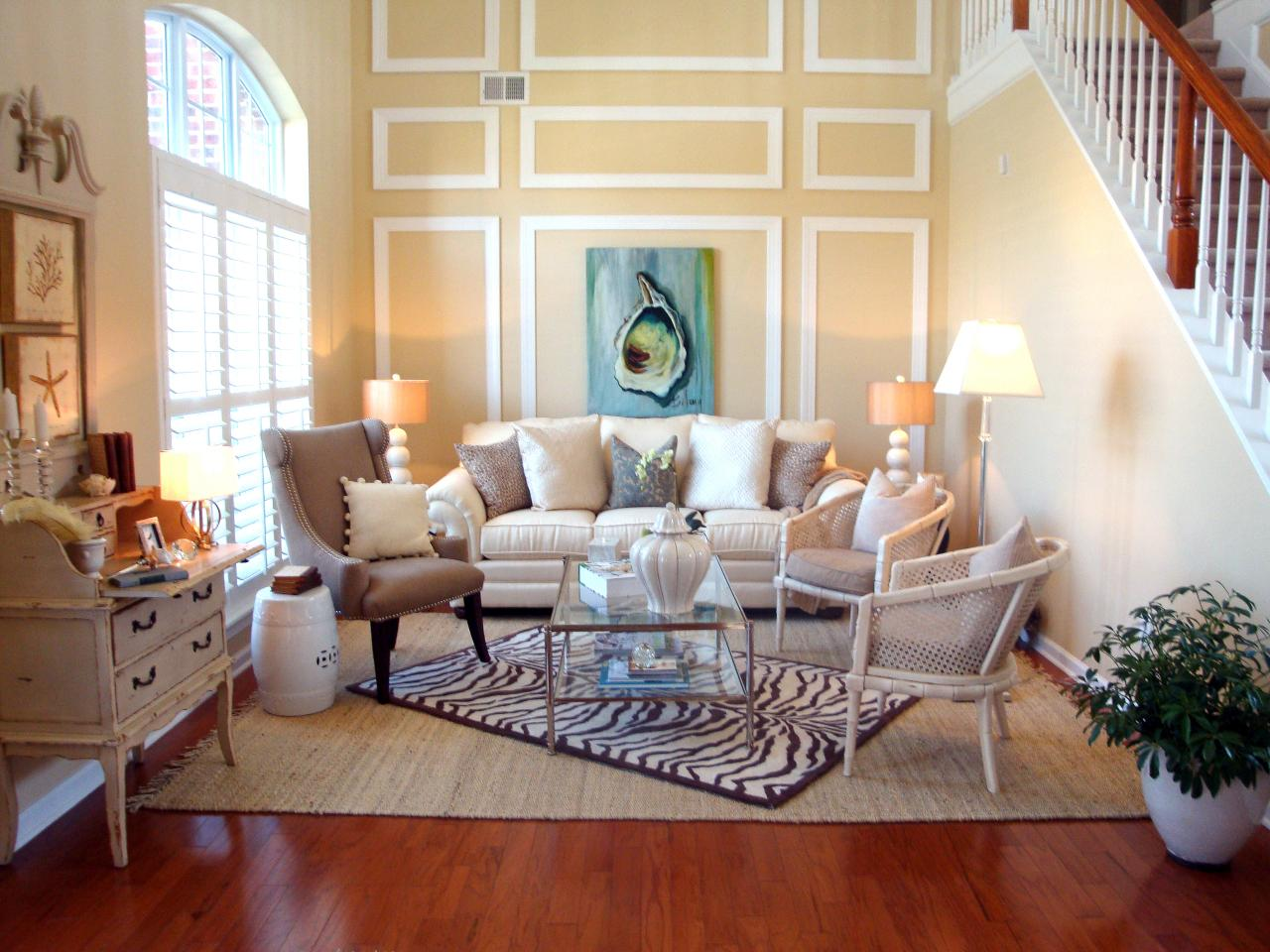 Coastal decorating ideas beachfront bargain hunt hgtv Coastal living rooms ideas