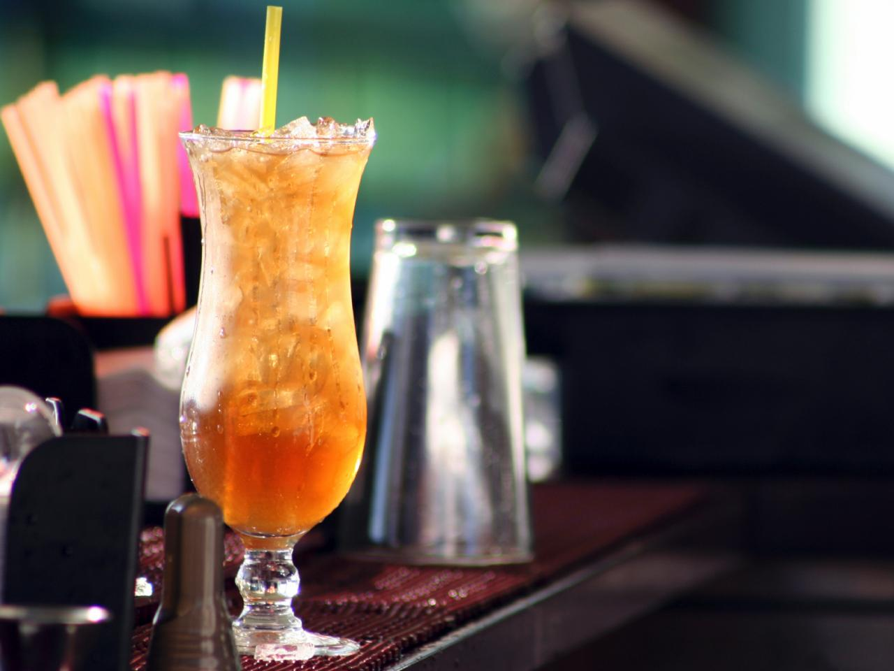 Long island iced tea cocktail recipe hgtv for Iced tea cocktail recipes