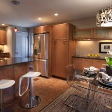 Creative Elegance in Open-Concept Kitchen