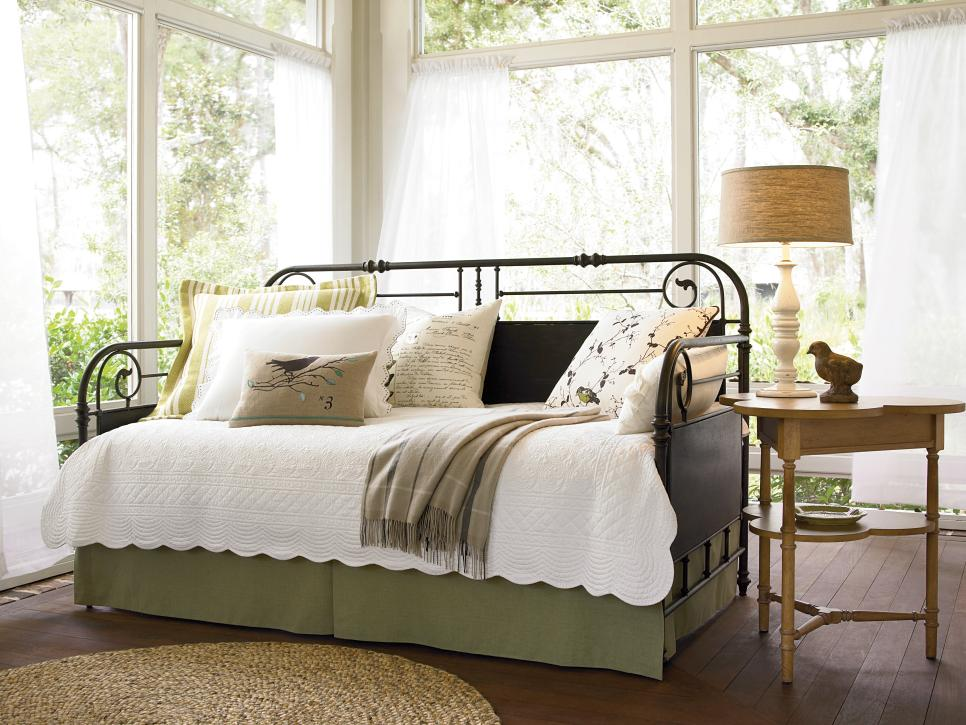 10 Dreamy Daybeds We Adore | HGTV