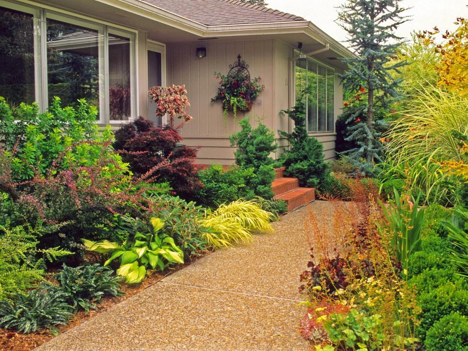 Tips for Creating a Gorgeous Entryway Garden