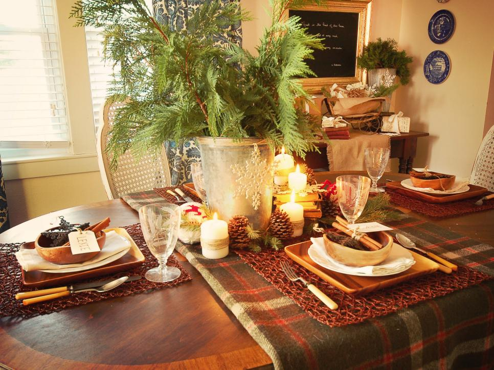 Rustic winter table setting ideas hgtv for Dining table decoration ideas home